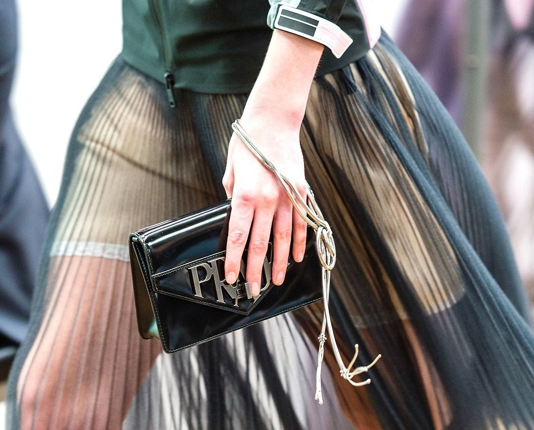 prada cruise 2018 clutch